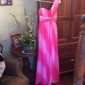 XOXO Pink Floor Length Gown    Size 7